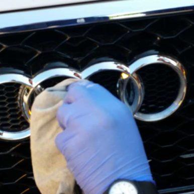 Lucidatura manuale auto e moto
