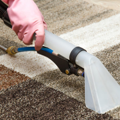 Lavaggio tappeti persiani, divani, poltrone con ritiro e consegna a domicilio (costo extra)